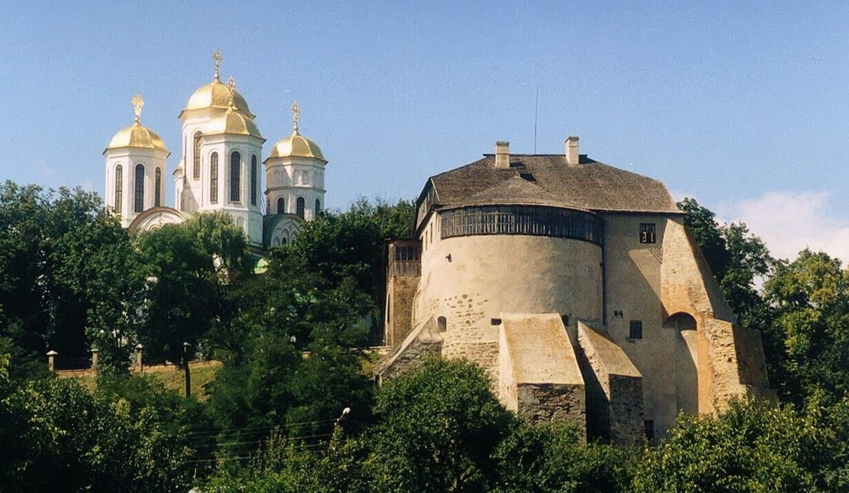 Where to go from Lviv by rented car -3