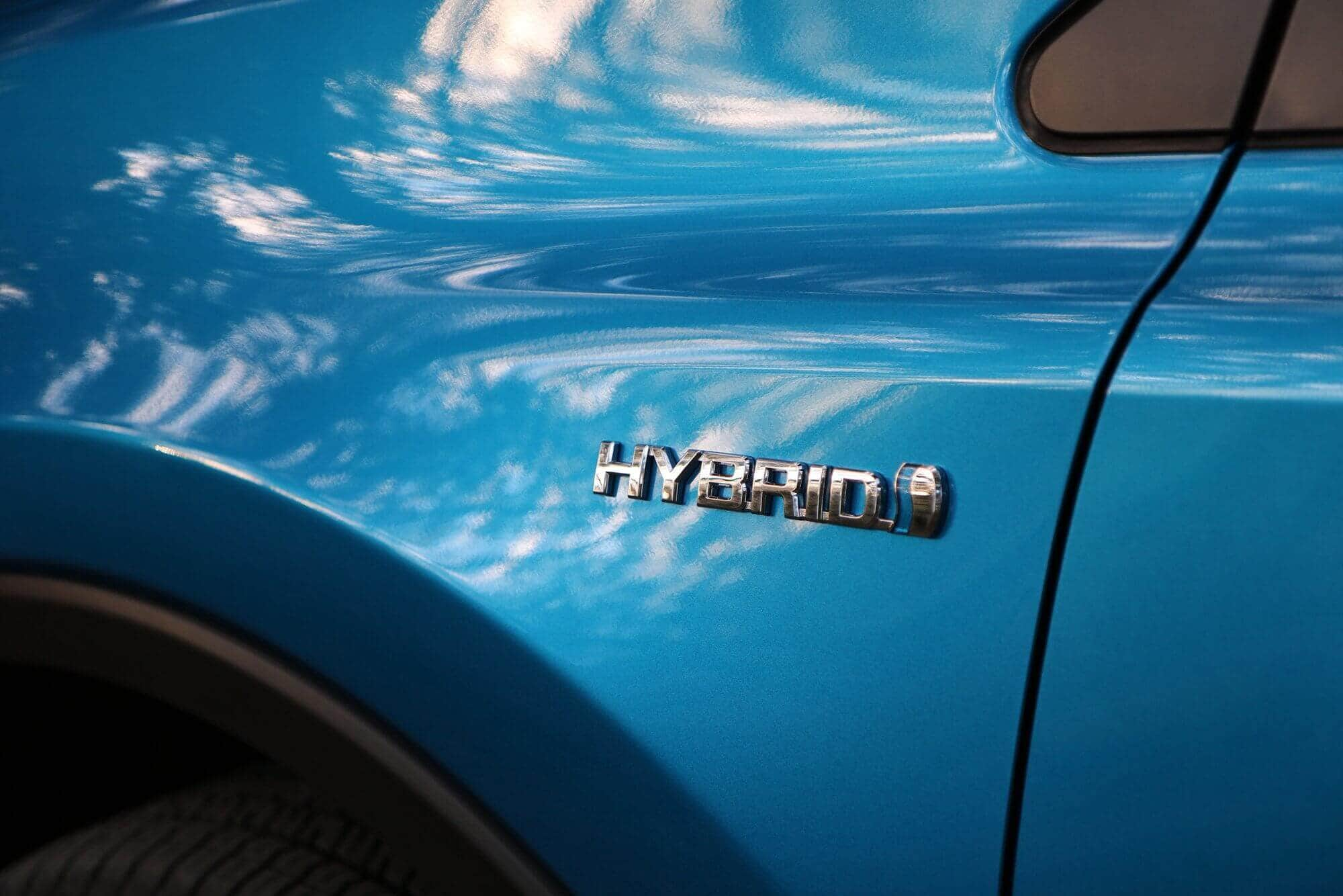 Rent an Electric Car or Hybrid Car? -1